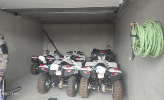Motos, Quads, Autos